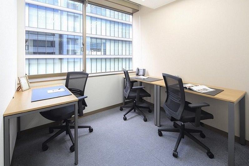レンタルオフィス「オープンオフィス名古屋丸の内」の個室