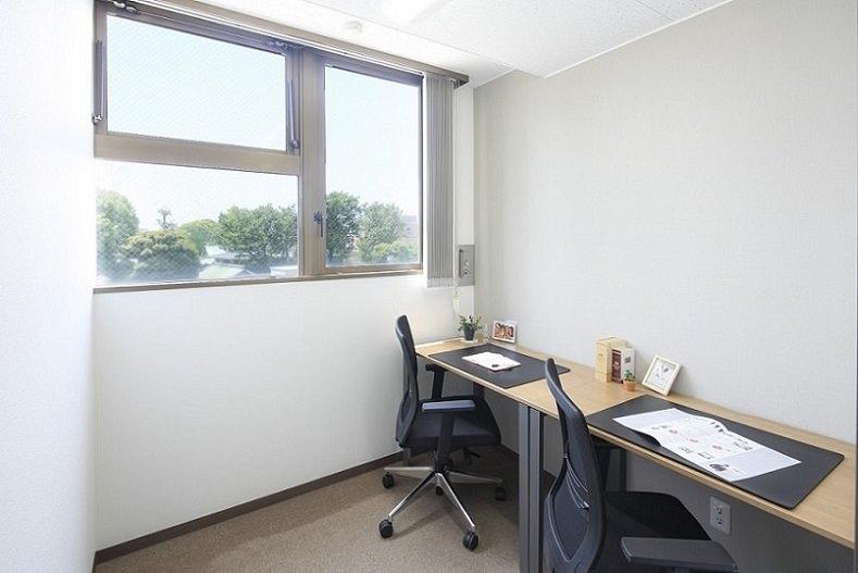 レンタルオフィス「オープンオフィス大崎駅西口」の個室(2人用)