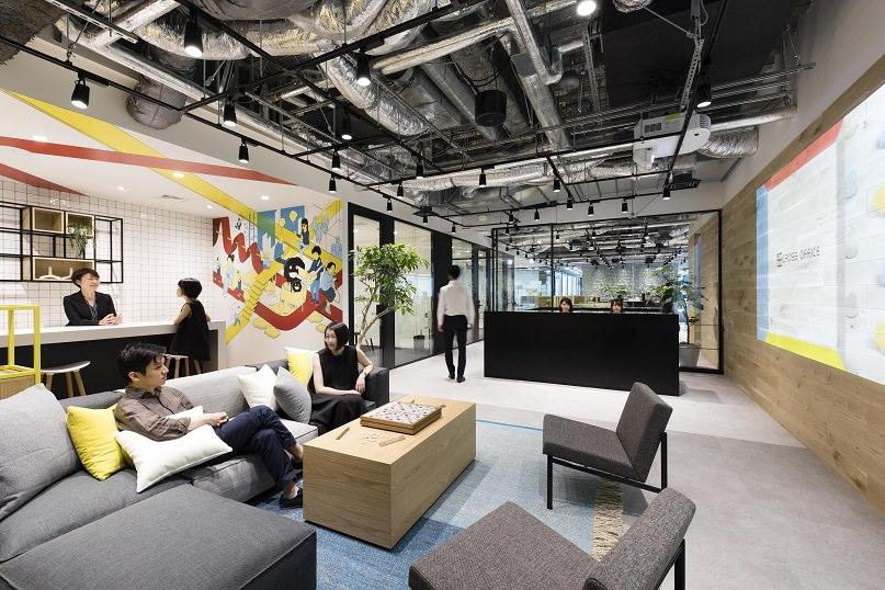レンタルオフィス「クロスオフィス六本木」の4階レセプション