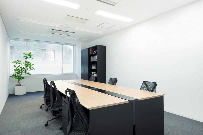 レンタルオフィス「クロスオフィス渋谷」の個室