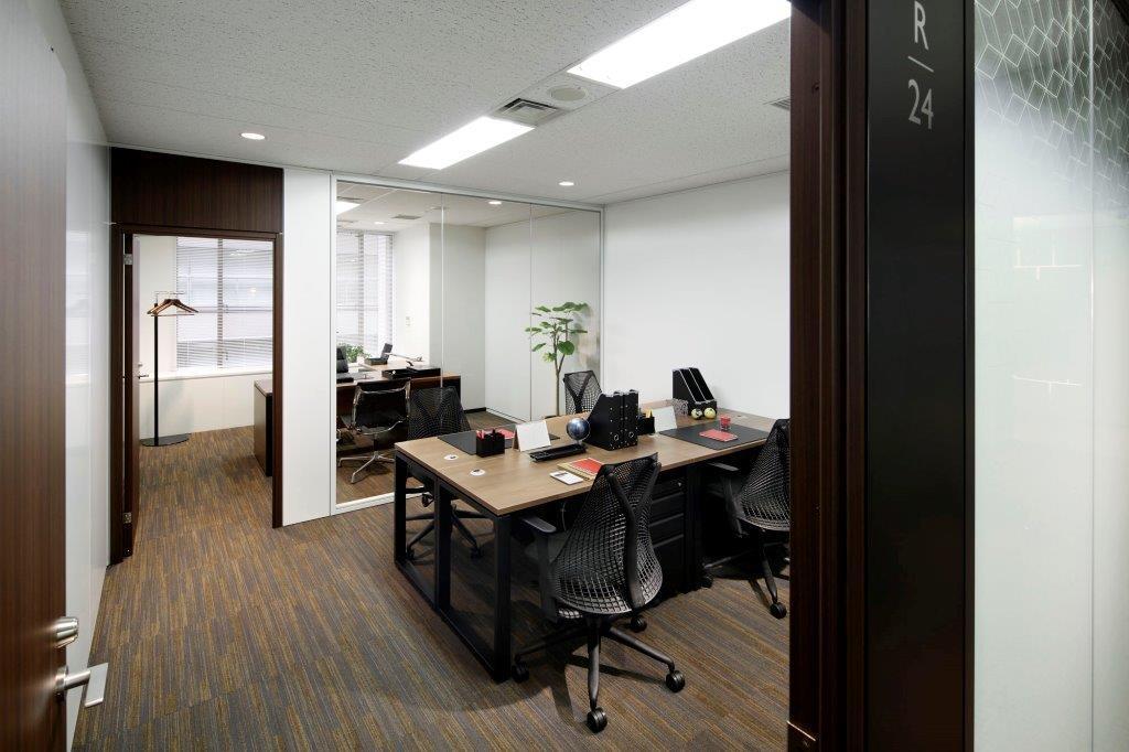レンタルオフィス「ビジネスエアポート丸の内」の個室