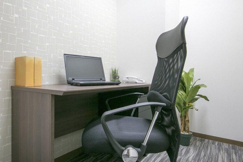 レンタルオフィス「ビズサークル日本橋茅場町オフィス」の個室