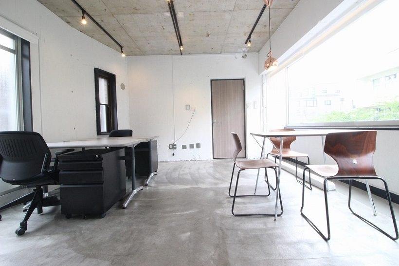 レンタルオフィス「ビズサークル渋谷東」の個室