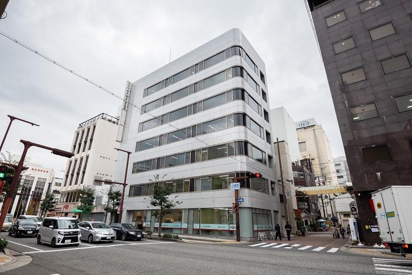 レンタルオフィス「リージャス姫路駅前ビジネスセンター」の外観