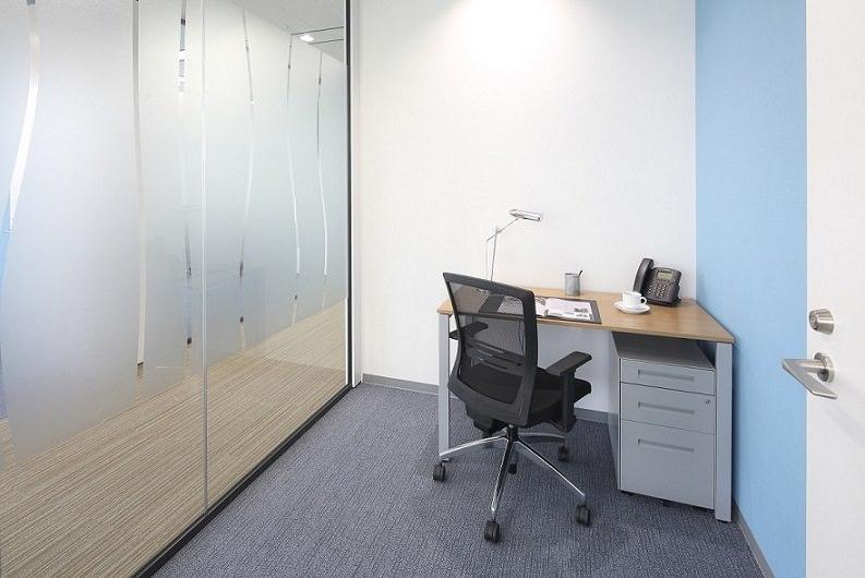 レンタルオフィス「品川グランドセントラルタワー」の個室(1人用)