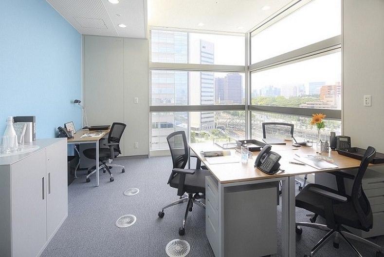 レンタルオフィス「品川グランドセントラルタワー」の個室(4人用)