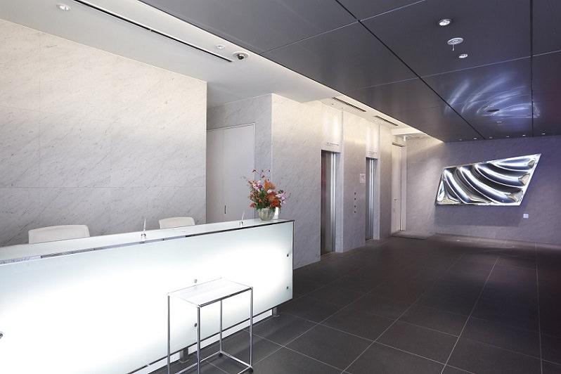 レンタルオフィス「BUREX 京橋」のエントランス