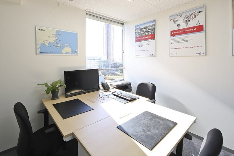 レンタルオフィス「リージャス六本木駅前」の個室(3人用)