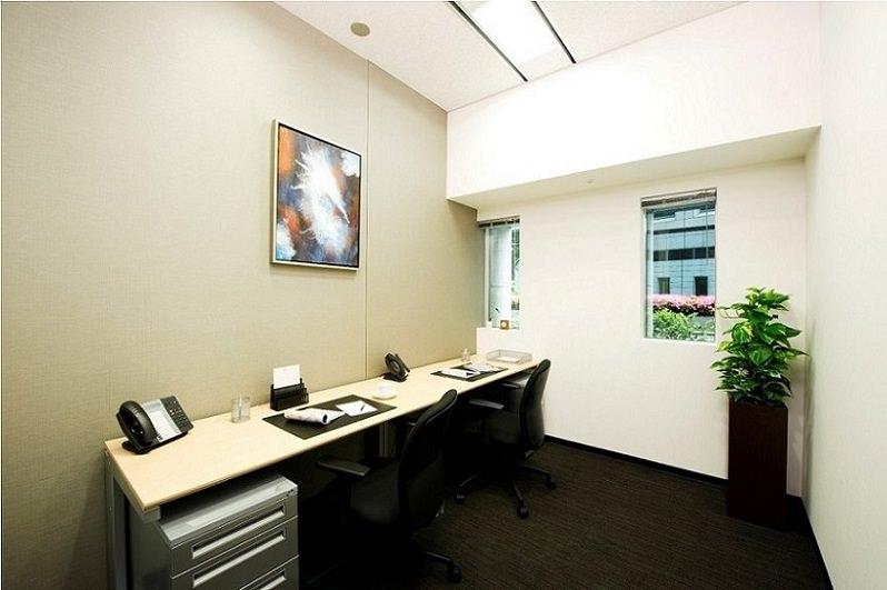 レンタルオフィス「リージャス青山プラースカナダ」の個室