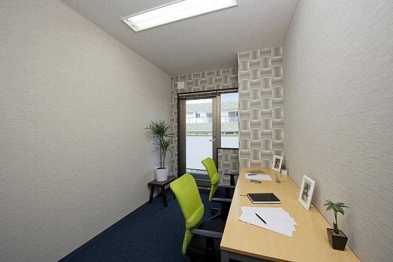 レンタルオフィス「オープンオフィス 赤坂見附」の個室