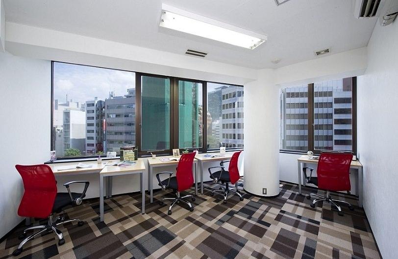 レンタルオフィス「オープンオフィス渋谷TOC」の個室