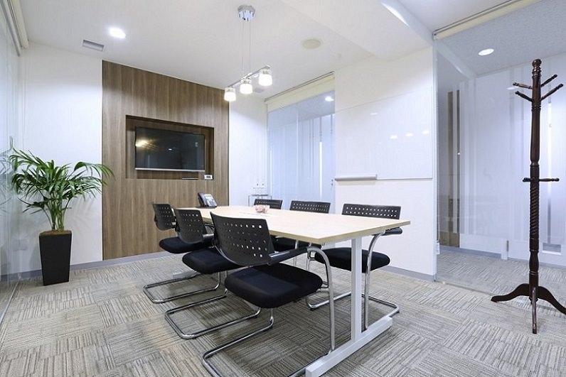 レンタルオフィス「リージャス関内」の会議室