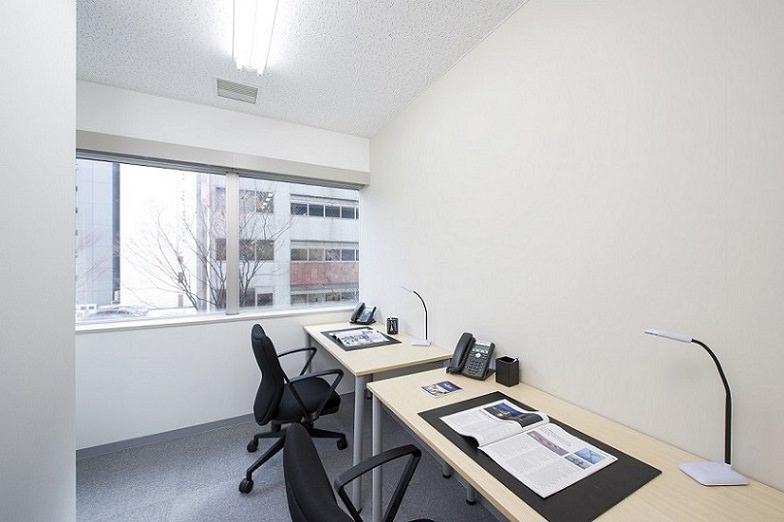 レンタルオフィス「リージャス新横浜」の個室