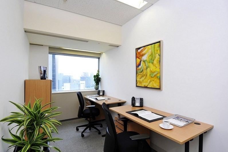 レンタルオフィス「リージャス横浜ランドマークタワー」の個室