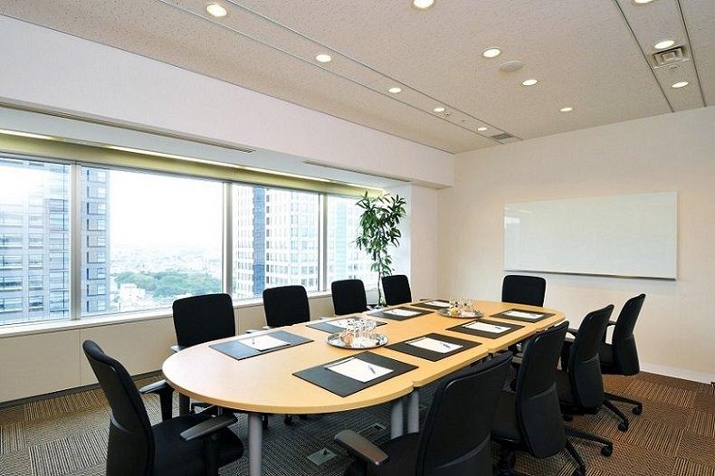 レンタルオフィス「リージャス横浜ランドマークタワー」の会議室
