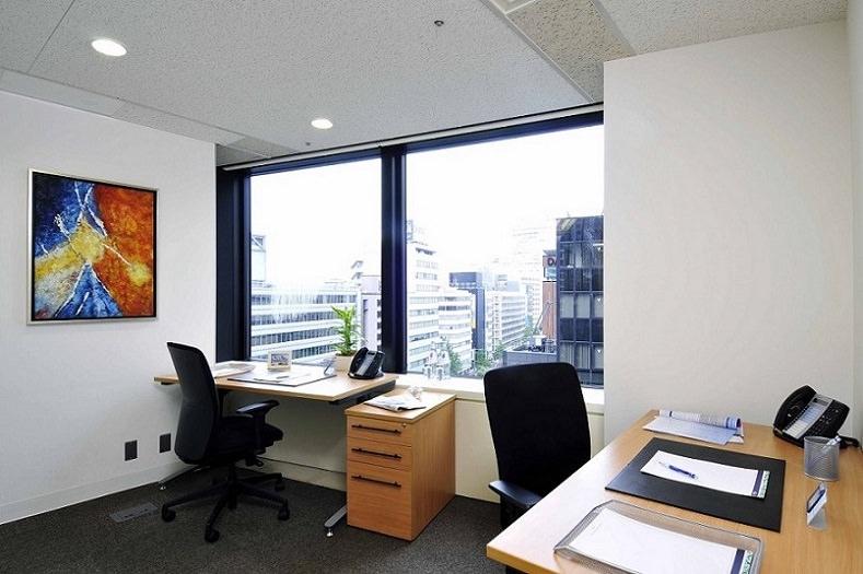 レンタルオフィス「リージャス名駅」の個室