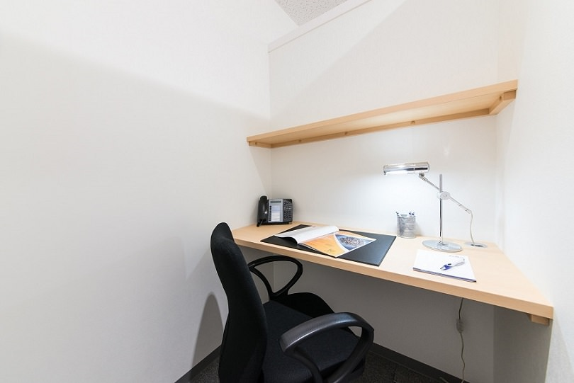 レンタルオフィス「オープンオフィス名駅南」の個室