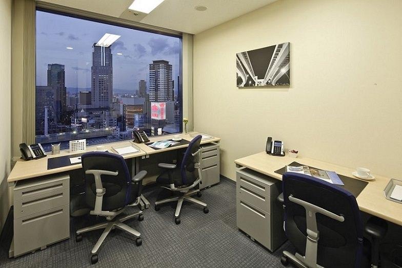 レンタルオフィス「リージャス阪急ターミナルビル」の個室