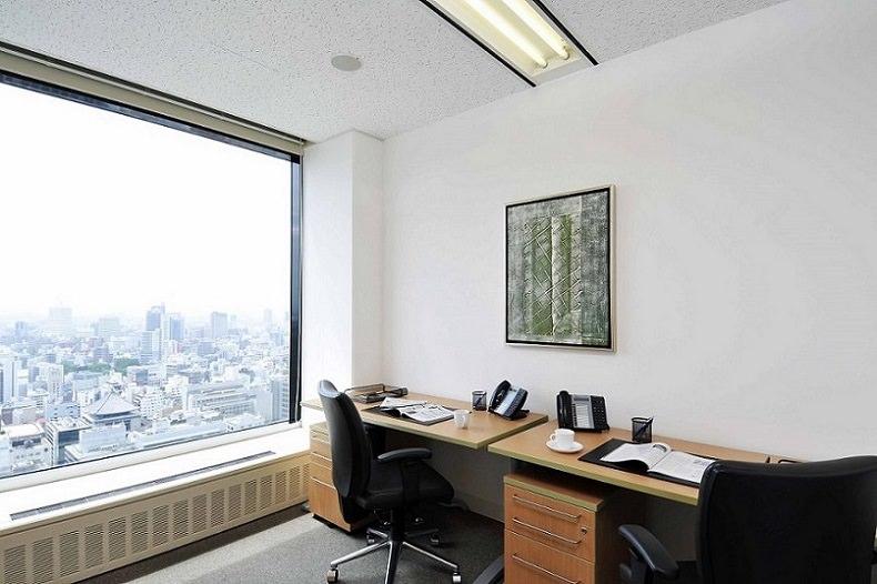レンタルオフィス「リージャス大阪国際ビルディング」の個室