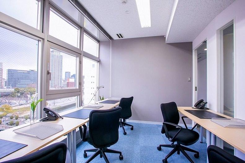 レンタルオフィス「オープンオフィス京阪淀屋橋」の個室
