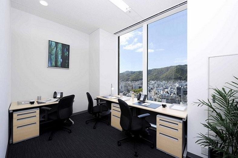 レンタルオフィス「リージャス神戸国際会館」の個室