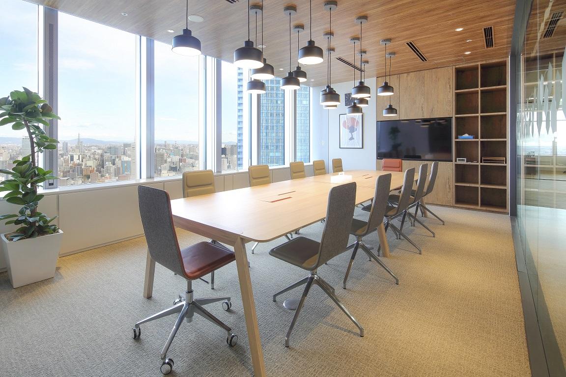 レンタルオフィス「Spaces JPタワー名古屋」の会議室
