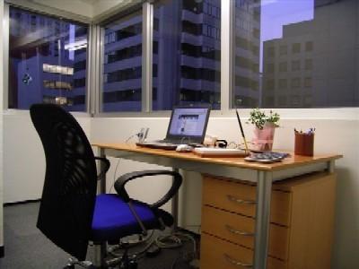 ハローオフィス青山-個室
