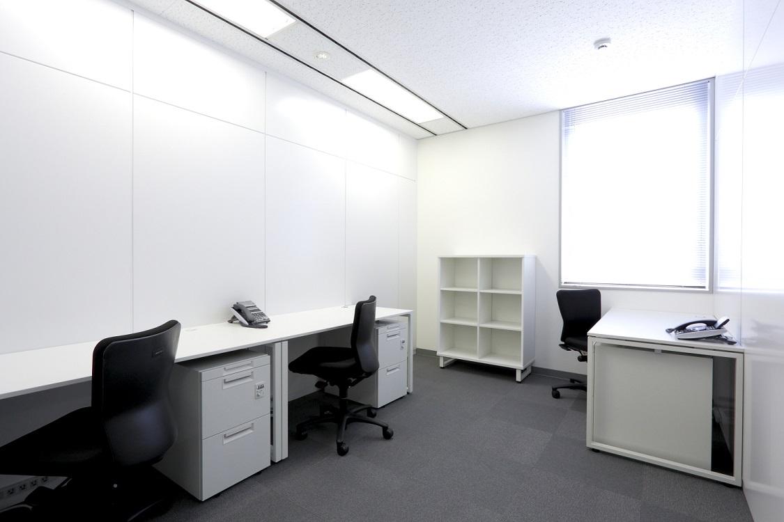 BUREX LaBo新橋-個室
