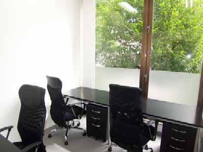 ハローオフィス西新宿-個室