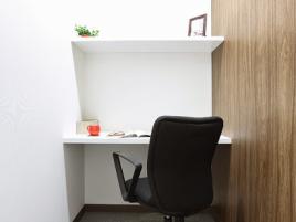 レンタルオフィス「オープンオフィス神保町」の個室