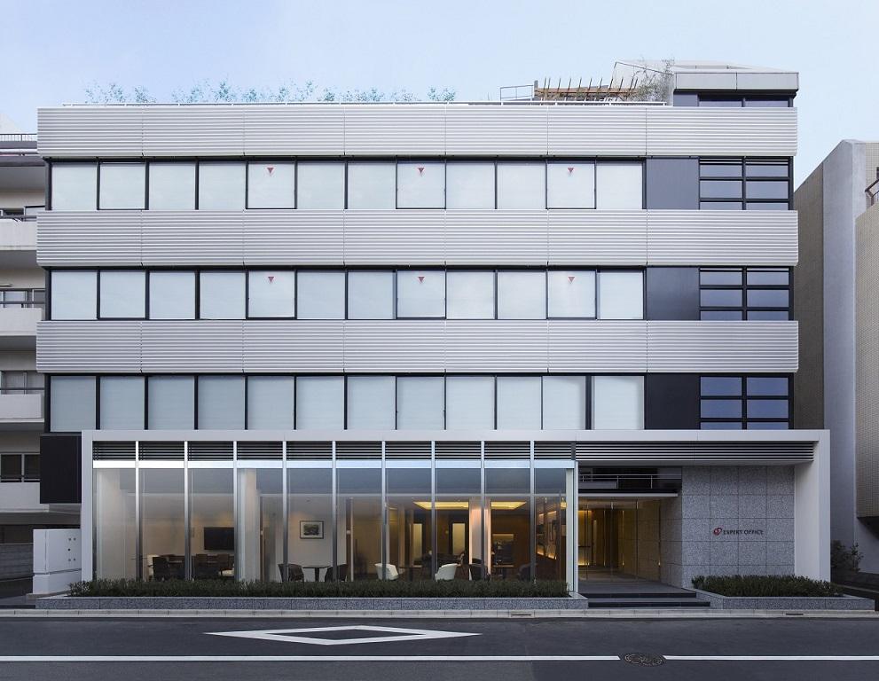 レンタルオフィス「EXPERT OFFICE 麹町」のオフィスビル