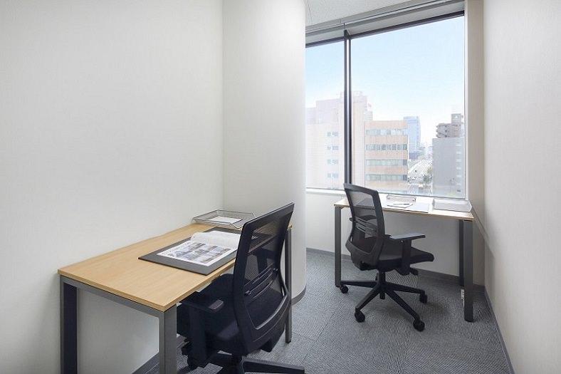 レンタルオフィス「オープンオフィス新潟」の個室(2人用)