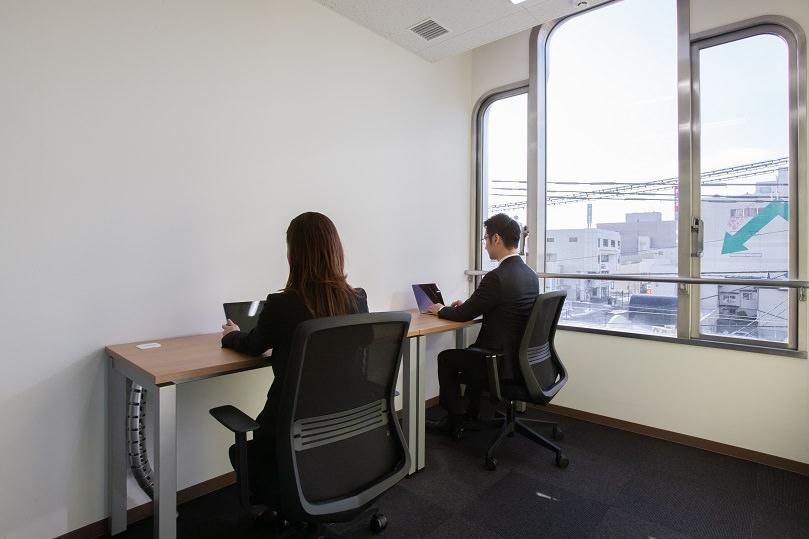 レンタルオフィス「リージャス八戸ビジネスセンター」の個室