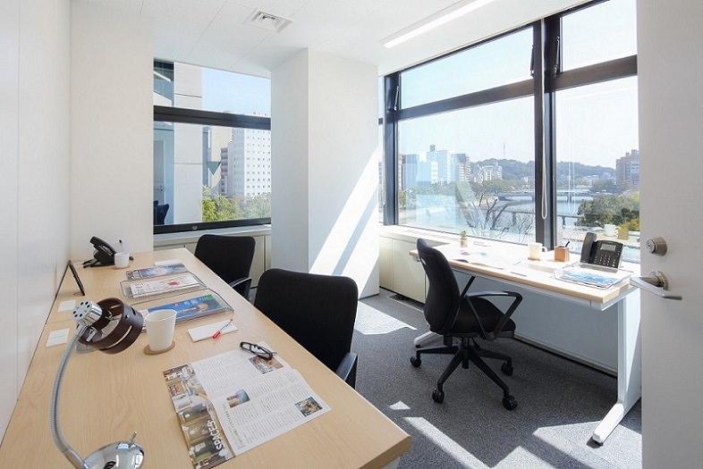 レンタルオフィス「リージャス広島稲荷大橋」の個室