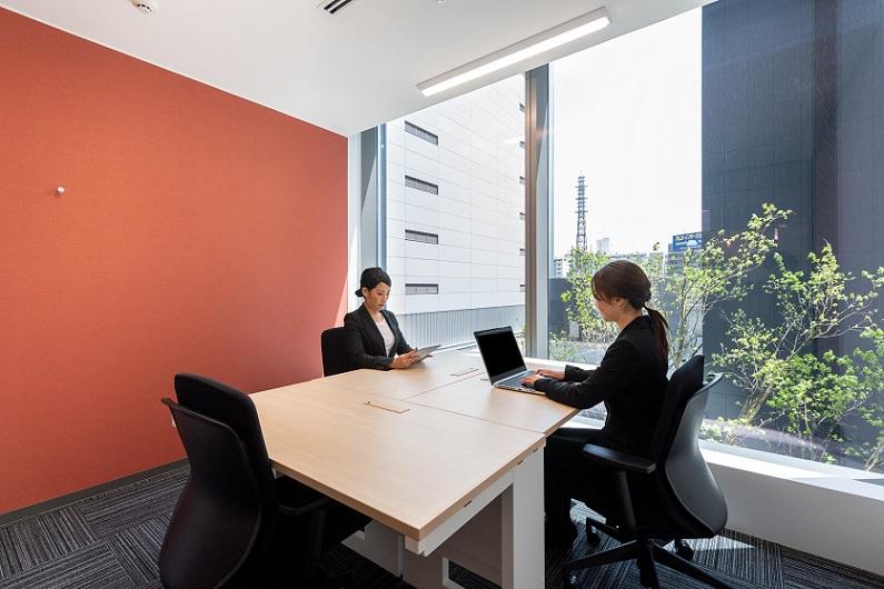 レンタルオフィス「リージャス広島駅前」の個室(3人用)