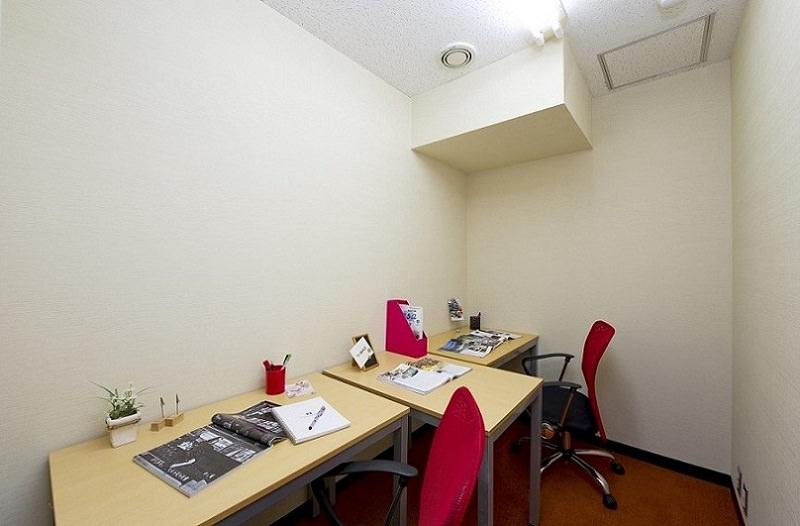 レンタルオフィス「オープンオフィス日本橋セントラル」の個室