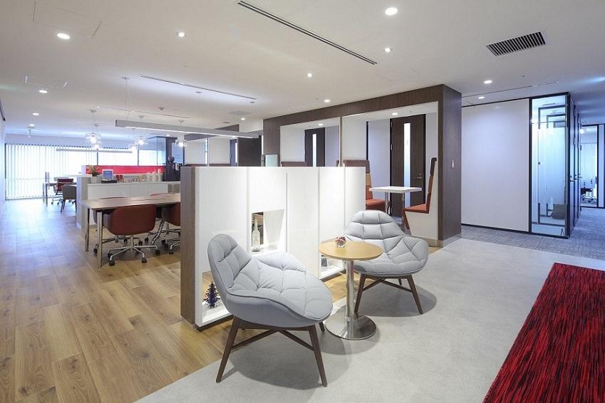 コワーキングスペース「リージャス新宿西口ビジネスセンター」