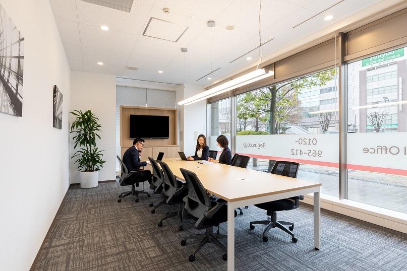 レンタルオフィス「リージャス長野駅前」の会議室