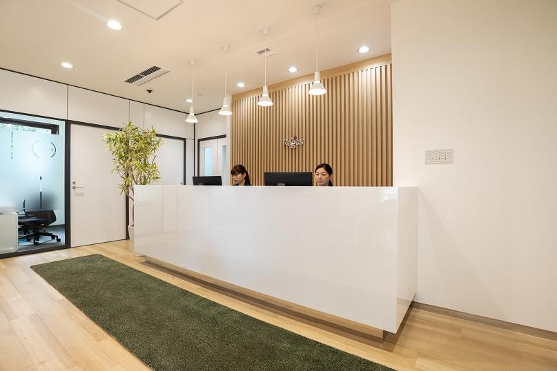 レンタルオフィス「リージャス 岡山アクロスキューブビジネスセンター」のレセプション