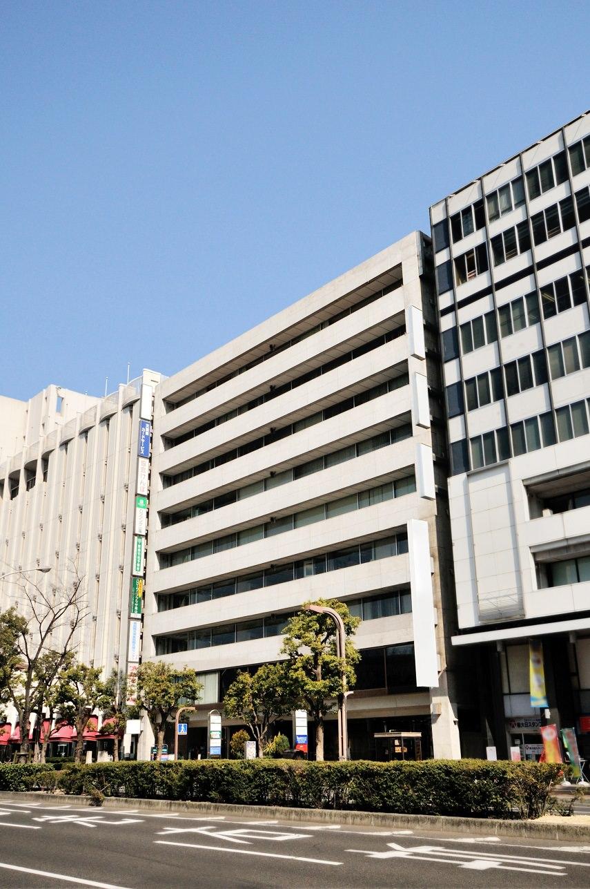 レンタルオフィス「リージャス岡山第一セントラル」の外観